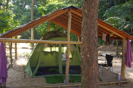 Koh Ra Beach Camp tents